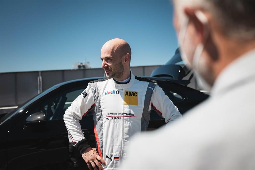 Cayenne精準的轉向與穩健的後輪回饋,讓測試車手Lars Kern對其信心倍增。