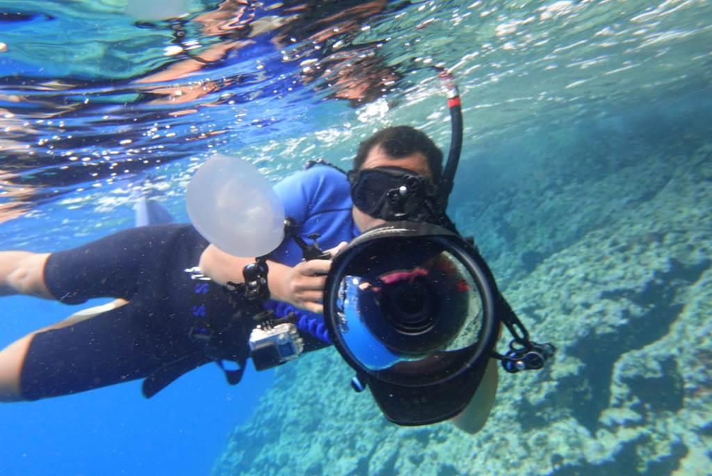 海洋電影《男人與他的海》推出校園公播推廣計畫「海洋之子2.0」。(牽猴子提供)