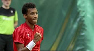網球》不敵小19歲鮮肉 費德勒哈雷賽止步16強