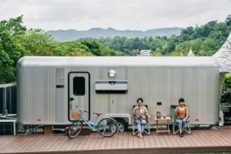 遠眺蘭陽平原 體驗超夯露營車