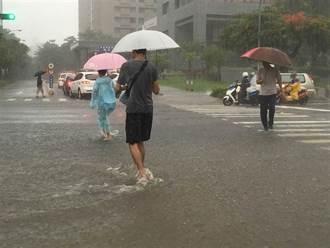 全台變天時間曝 典型梅雨滯留鋒襲台 大量降雨連炸5天