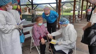 施打AZ疫苗太過緊張 山區居民以禱告放鬆心情