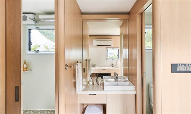 車內就備有的衛浴設備讓露營車也是家!(圖片提供:礁溪老爺酒店)