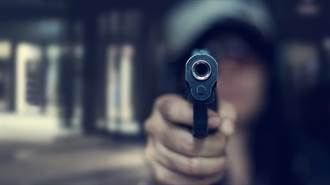 美國鳳凰城郊區槍手駕車隨機開火 1死12傷