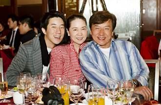 成龍結婚39年怎麼了 接連退出林鳳嬌2公司