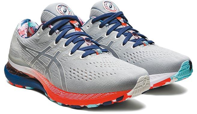 板橋大遠百ASICS Celebration of Sport系列GEL-KAYANO 28男鞋,5380元。(遠百提供)