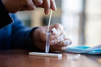 家用快篩下周起供應!食藥署公布指引 檢出陽性儘速就醫