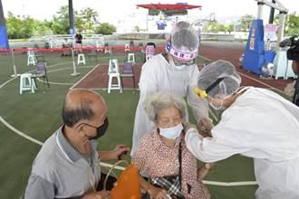 彰縣90歲以上長者疫苗開打 免下車服務超貼心