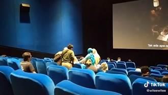 女看《厲陰宅》突「被附身」慘叫 電影院急暫停全場嚇壞