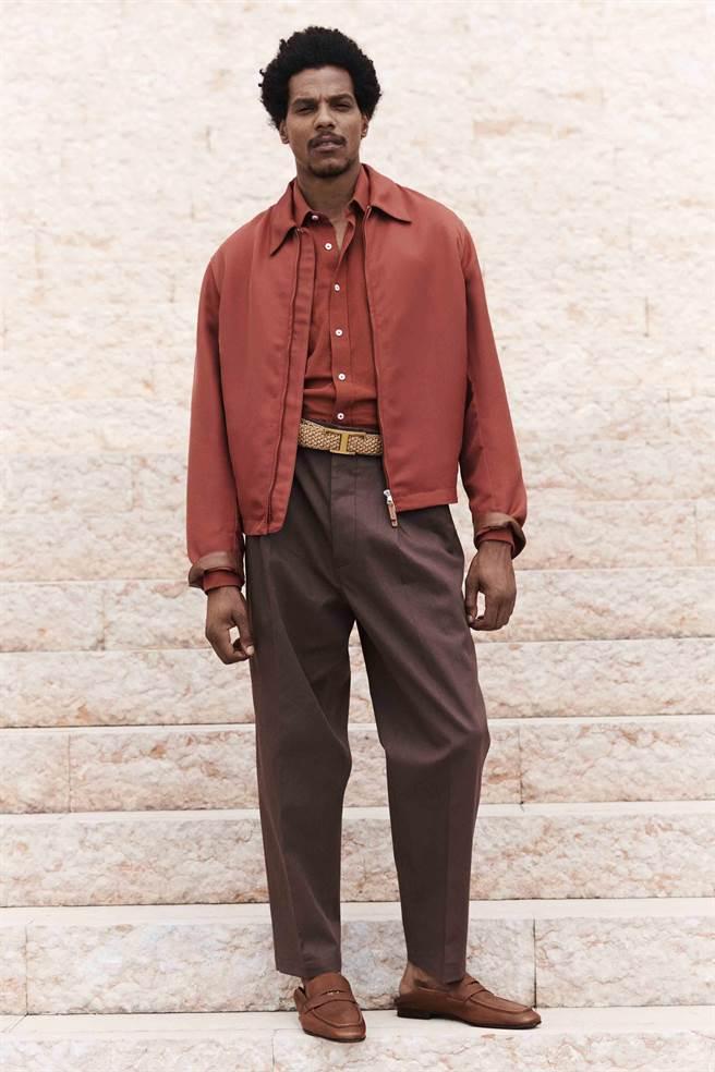 TOD's 2022春夏系列以大地色系為主軸,呈現優雅有格調的服飾。(TOD'S提供)