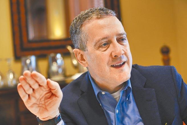 聖路易聯準銀行總裁布拉德(James Bullard)發表更鷹派言論。圖/美聯社