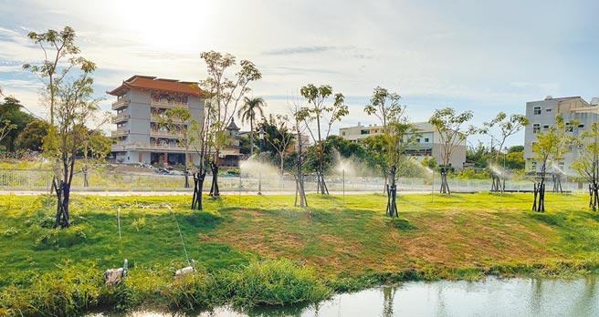 台南市鹽水區月津港的5座水岸公園已經整修完工待驗收。(台南市工務局提供/劉秀芬台南傳真)