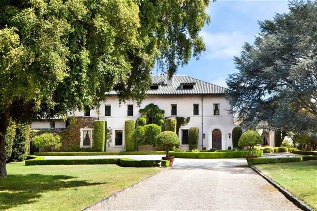 馬斯克喊價豪宅出售10.5億。(圖/翻攝自Realtor.com)