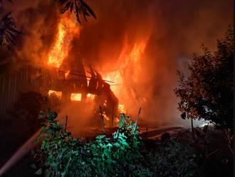 三峽舊衣回收廠陷火海!濃煙竄天際土城、板橋都聞到燒焦味