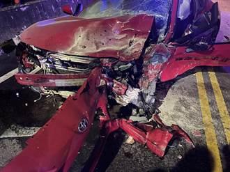 三峽凌晨嚴重車禍 多輛跑車時速破百跑山 「藤原豆腐店」豐田86狠撞對向車
