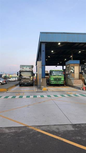 台中港首創交領櫃預約制 提高貨櫃運送效率