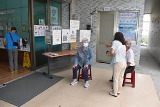 苗栗縣21日新增3例確診 縣長再三呼籲長者盡速施打疫苗