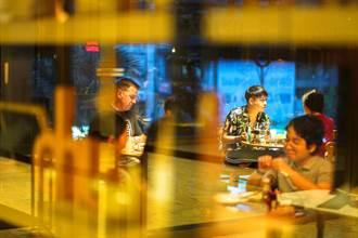 曼谷進一步放寬防疫規定 餐廳可延長營業時間