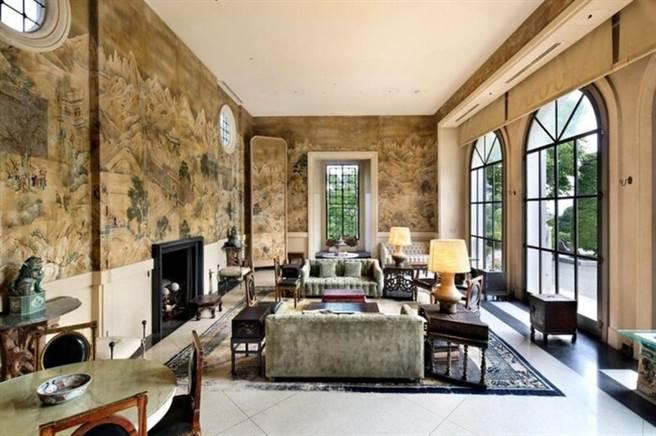 豪宅裝潢十分奢華。(圖/翻攝自Realtor.com)