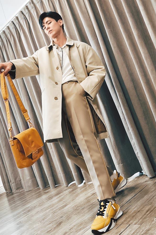 林柏宏搶穿7月底上市的秋冬新裝,邀粉絲一同看秀。(FENDI提供)