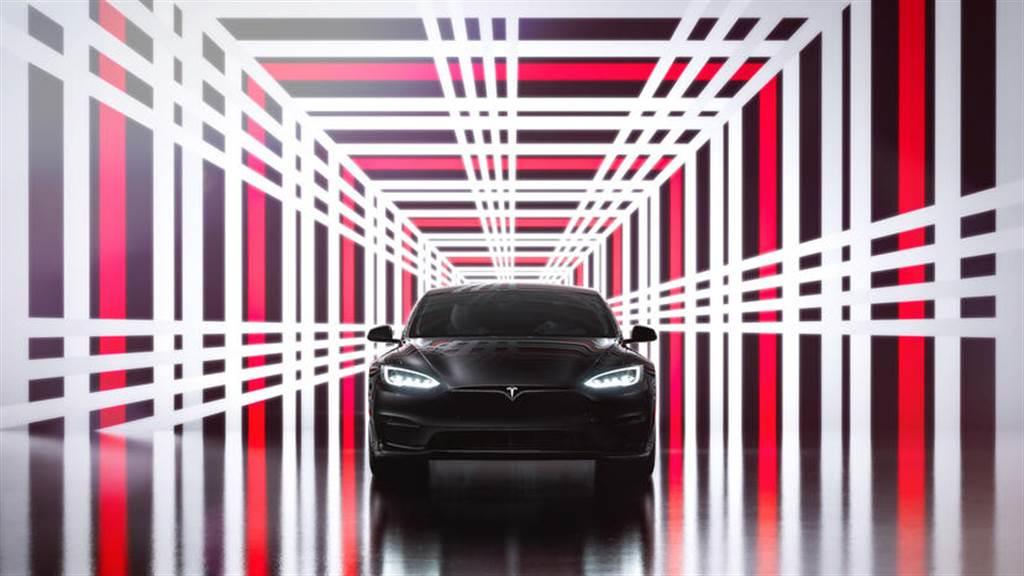 馬斯克允諾 Model S Plaid+ 轉單不漲價:台灣同步跟進,六月底前改買 Plaid 現省三十萬元