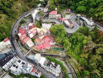 防疫宅在家 台南市觀旅局空拍關子嶺溫泉鄉之美