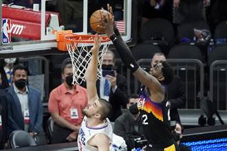 NBA》艾顿准绝杀爆扣 太阳逆袭快艇西决2比0领先