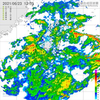 不斷更新》雨彈北移 花蓮升級豪雨 全台10縣市大雨特報