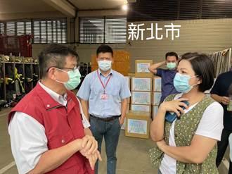 楊貴媚捐100台血氧機 號召23位藝人贈雙北消防局防護衣鞋套