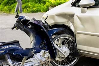 轎車遭機車側撞修222萬 求償僅獲賠19萬 因這關鍵肇責8成
