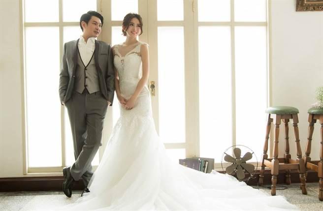 馮媛甄2015年和「霧峰林家」後代林帛亨結婚。(圖/翻攝自國定古蹟霧峰林家頤圃臉書)