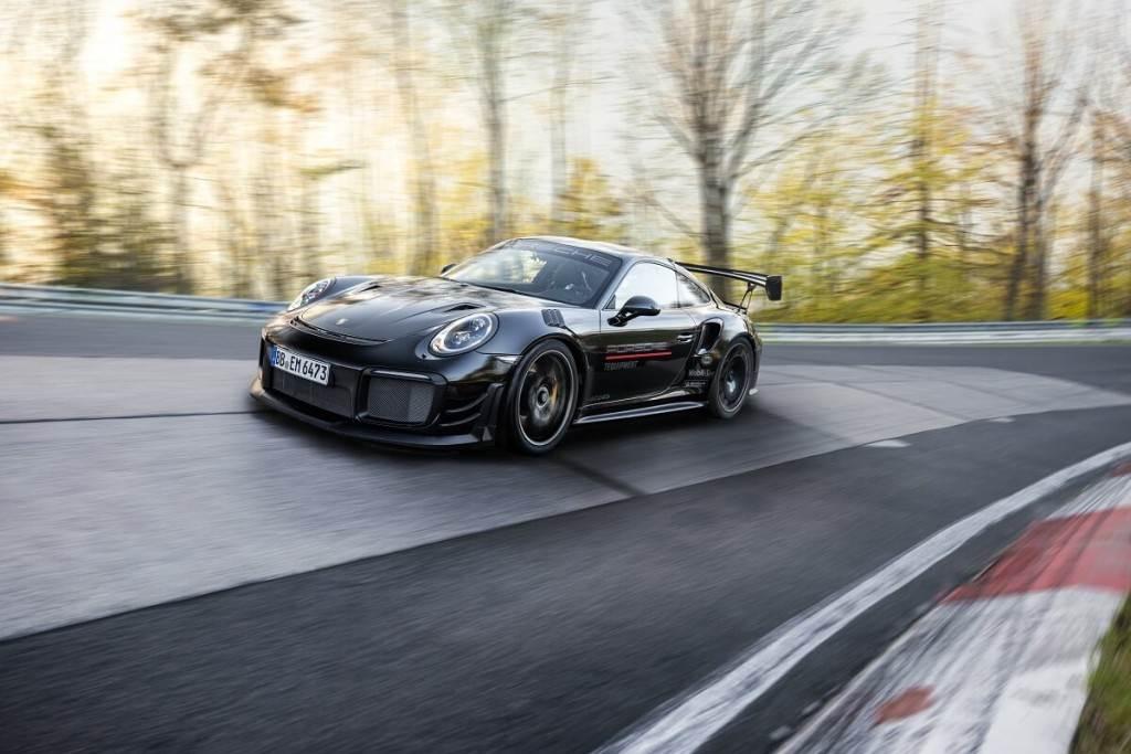 Porsche 911 GT2 RS奪回紐柏林最速量產車寶座