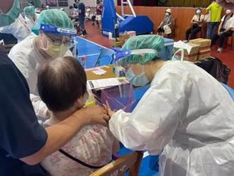 桃園婦人居長照機構 接種疫苗後無呼吸心跳送醫救回一命