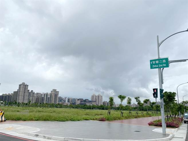 新竹縣立勝利國中預定地,一期校舍預計明年8月完工。(莊旻靜攝)