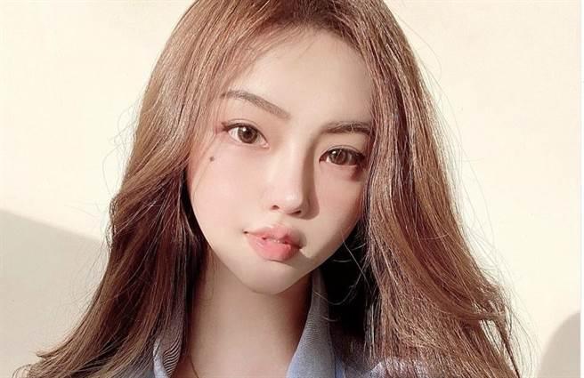 網紅黃琳外型亮眼,受到許多外界的關注。(圖/黃琳IG)