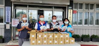 口罩廠挺防疫人員 七股公所獲贈奈米銀抗菌口罩一批