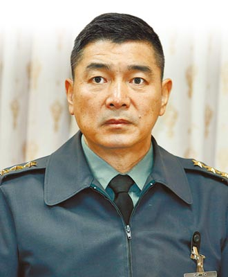 黃曙光屆退 陳寶餘任參謀總長