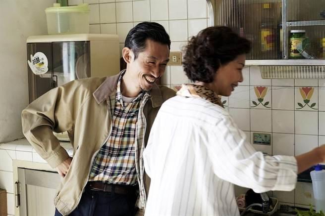 陳竹昇和于子育演夫妻。(華視提供)