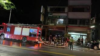 嘉義父情緒失控燒房門 全家4人受困警消20分鐘即刻救援