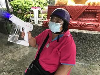 枋山快打站啟動接種 村民自備「消毒噴霧槍」打疫苗