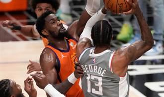 NBA》低調的禁區審判官 艾頓4戰場均20+13成隱形攻臣