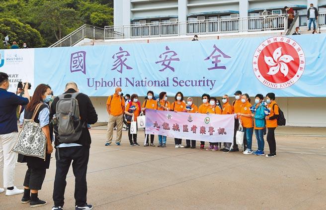 香港新任政務司長李家超首次以司長身分出席公開活動後表示,國家安全是頭等大事,會利用每個機會去做國安教育。(新華社)