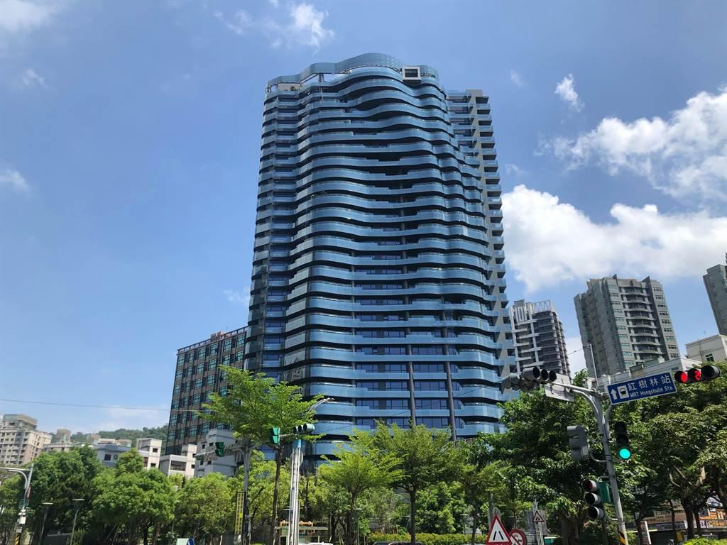 淡水「大隱豐盈海」今年2月成交22樓戶,約1.02億。(台灣房屋提供)