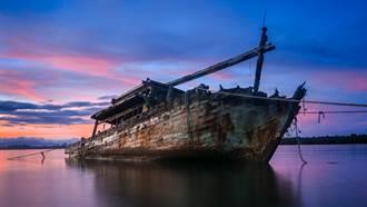 加勒比海域發現「幽靈船」  警拖上岸驚見20具人屍