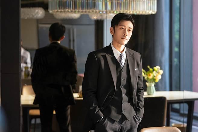 林雨申在《我,喜歡你》飾演霸道總裁。(LiTV、林雨申工作室提供)