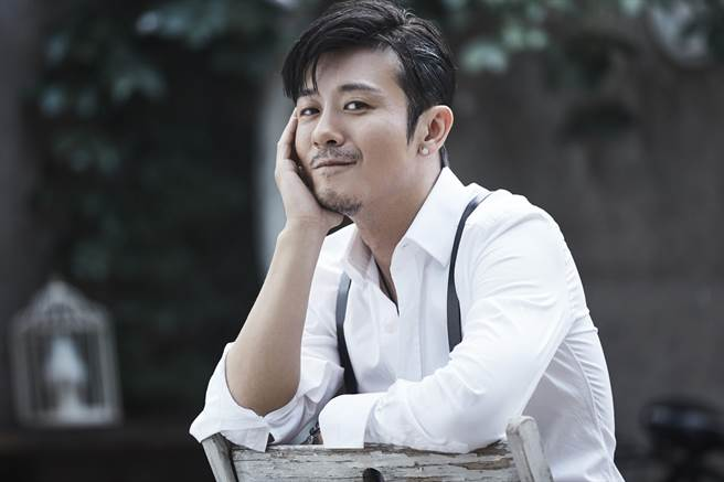 林雨申已成新一代大叔男神。(LiTV、林雨申工作室提供)