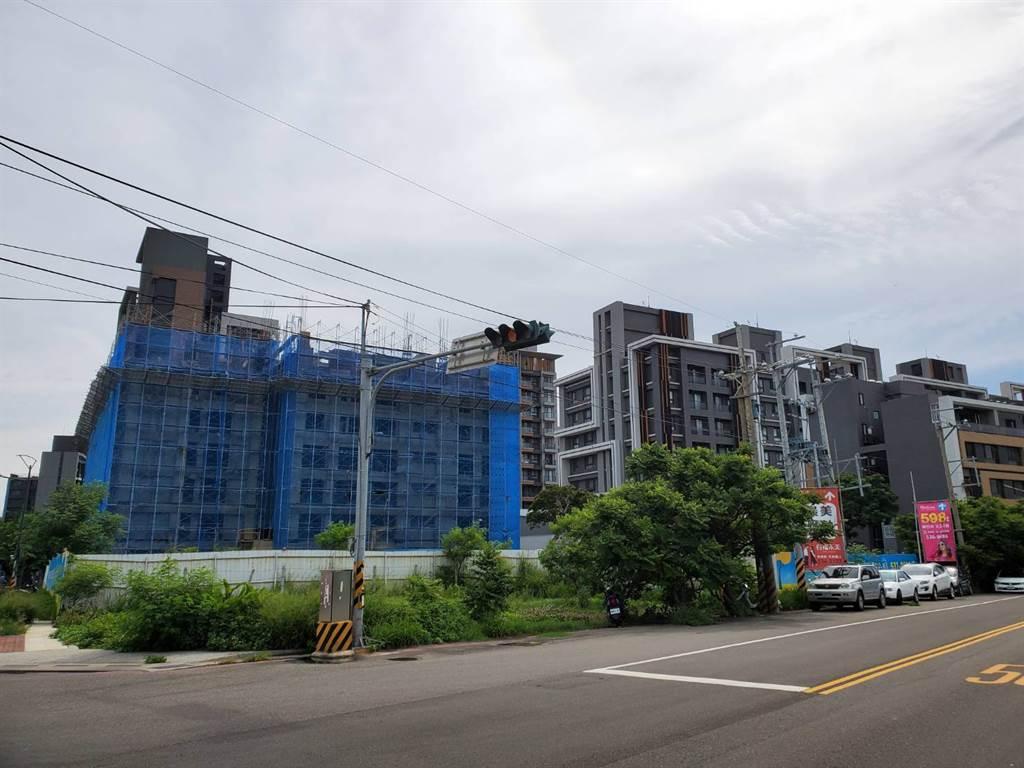 金雅重劃區環境新穎,開車5分鐘至「武陵路」。(圖/永慶不動產新竹竹光加盟店提供)