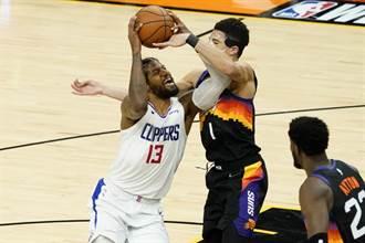 NBA》保羅喬治半場30分 率領快艇逆天改命