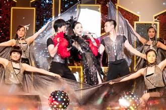 張瓊姿登秀場演唱 一個噴嚏聲洩「對嘴」糗事