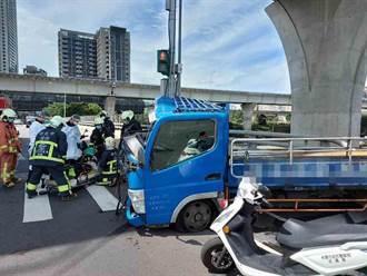 小貨車疑闖紅燈撞翻預拌車 駕駛送醫不治